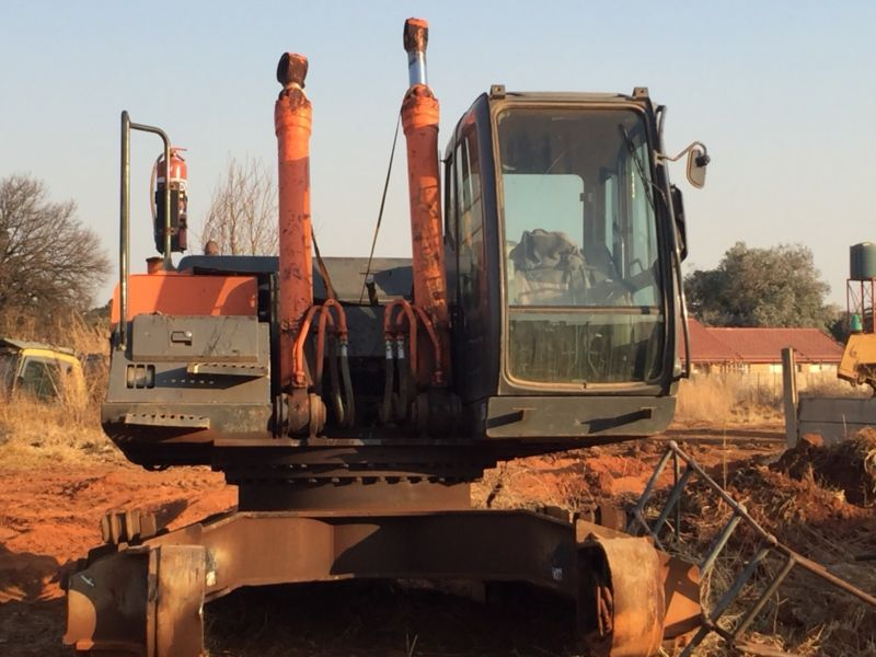 Stripping Excavators for spares