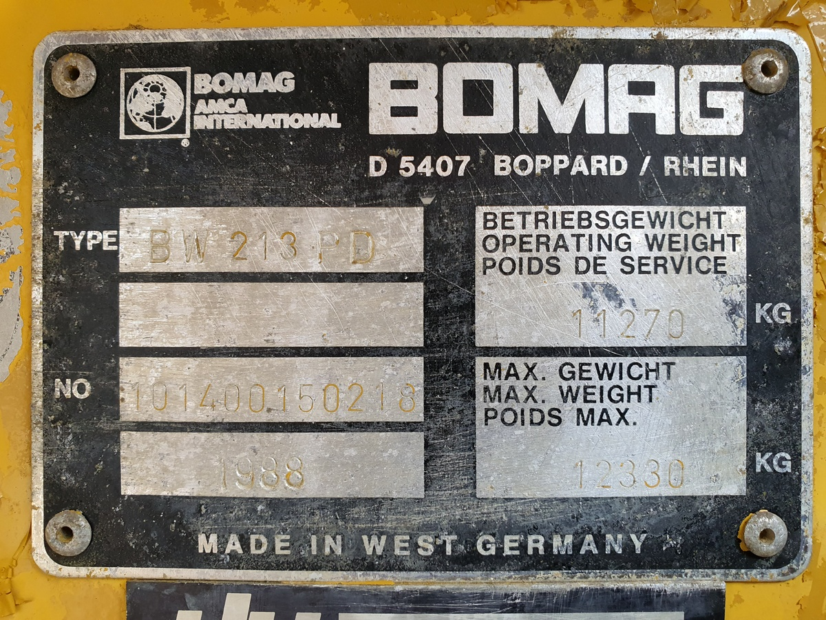 BOMAG BW213PD Vibratory Roller – Year: 1988.