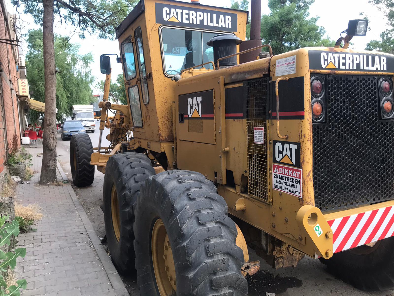Caterpillar 160G Motor Grader – Year: 1990.